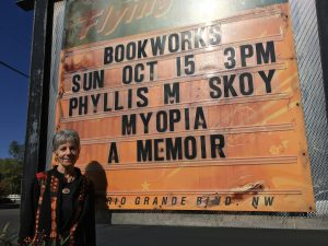 phyllis-bookworks marquee